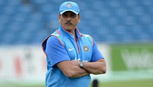 Ravi Shastri has questioned the ability of modern batsmen to craft an innings.